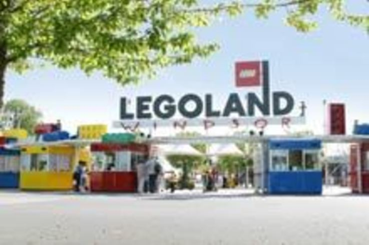 Spray contractor de-weeds LEGOLAND for Royal visit