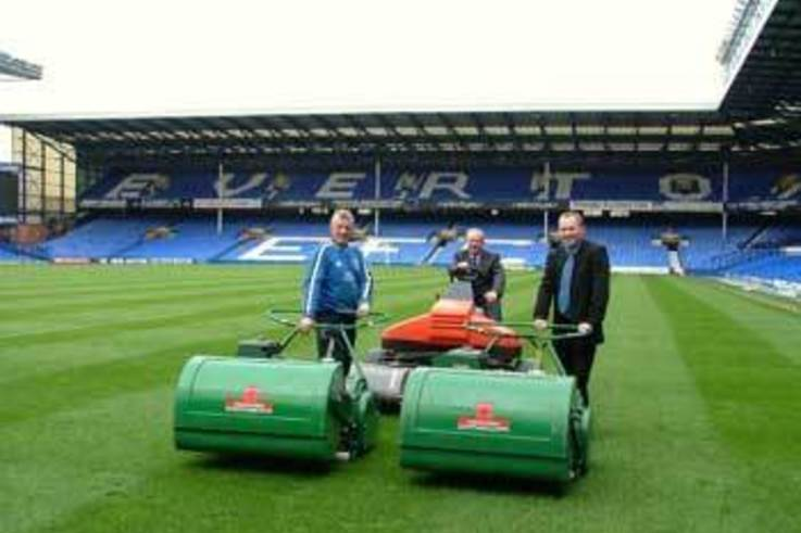 Another Ransomes Mastiff for Goodison Park