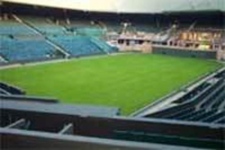 Preparations for Wimbledon 2004