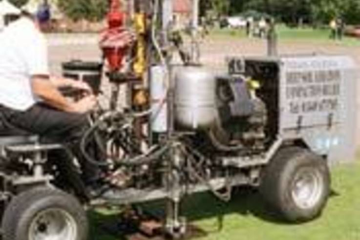 Compressed air de-compaction no threat to wickets