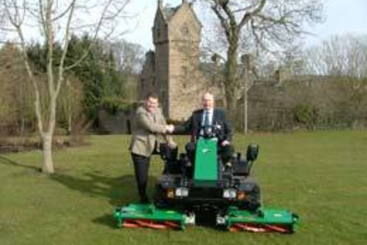 Dundee expands grounds maintenance fleet