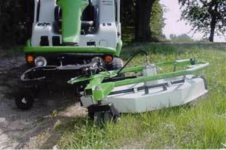 New out-front mower for Hydro 124D