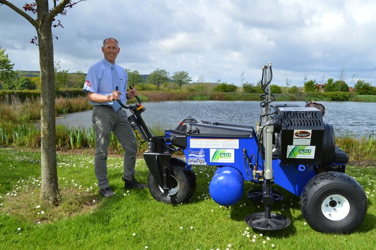 Peter Stanley of CLS Self Drive with Air2G2