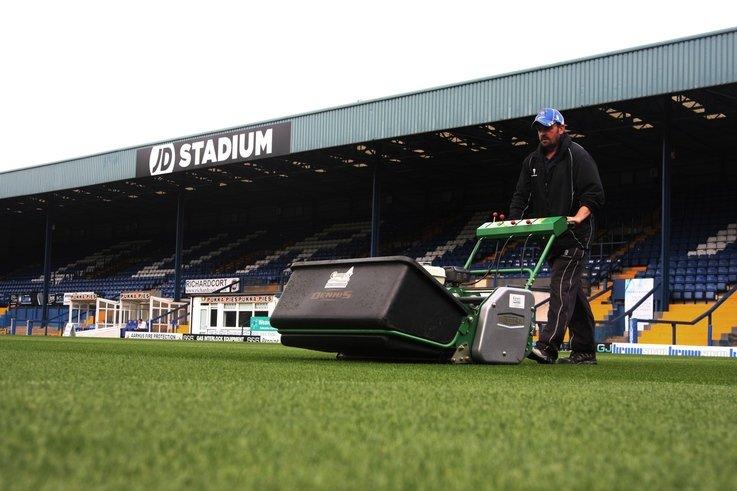 Dennis G860 in action at Gigg Lane Bury FC