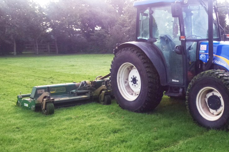 Team Maintenance Service 5.5m 3 point linkage Swift roller mower