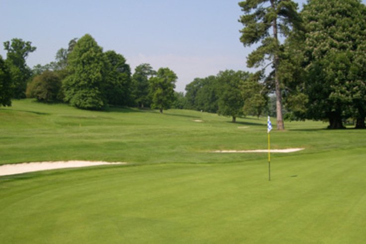 Traditional greens rescued on Hertfordshire course