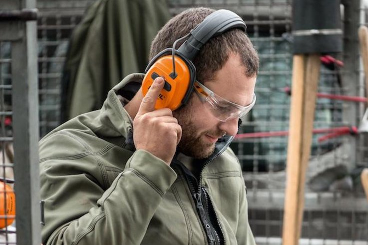 Stihl Bluetooth Ear Protectors Cropped