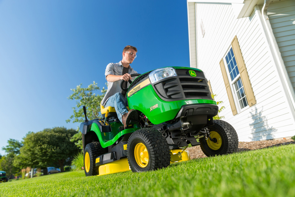 John Deere X115R lawn tractor B