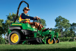 The new John Deere ZTrak PRO Z925 with Electronic Fuel Injection (EFI), provides to 25% fuel savings for landscape contractors.
