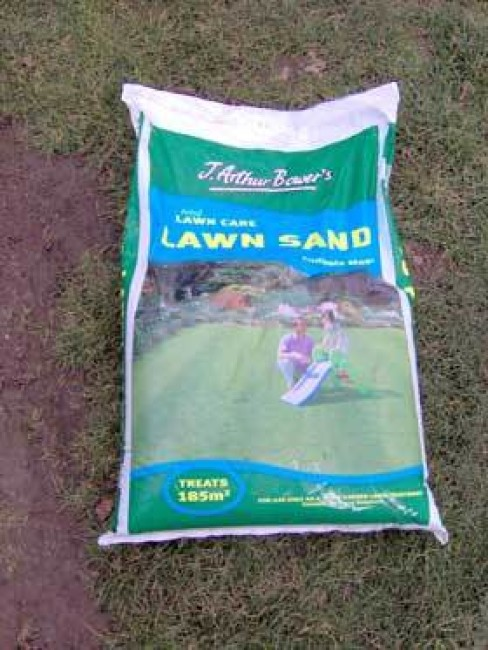 Lawn Sand | Pitchcare Articles