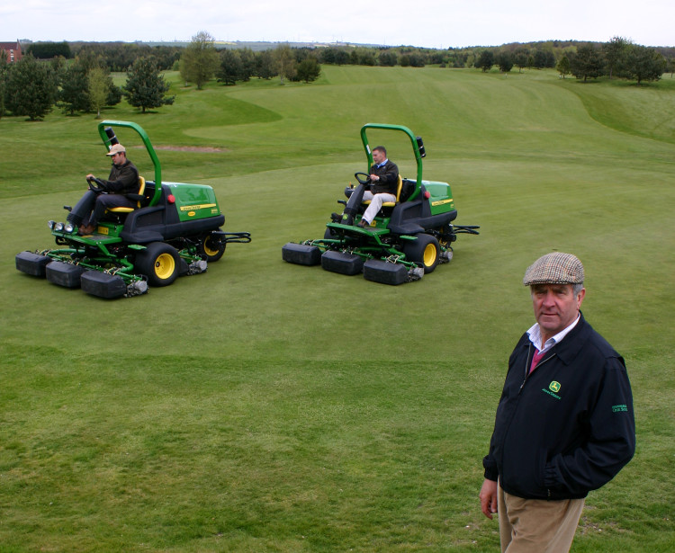 Fairway mowers suit the greens | Pitchcare Articles