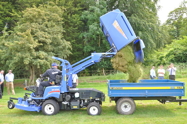New Iseki SF450 launched in UK by Ransomes Jacobsen   Pitchcare Articles