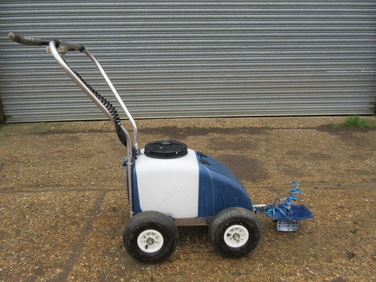 For Sale Fleet Kombi Line Marker Pitchcare Used Machinery
