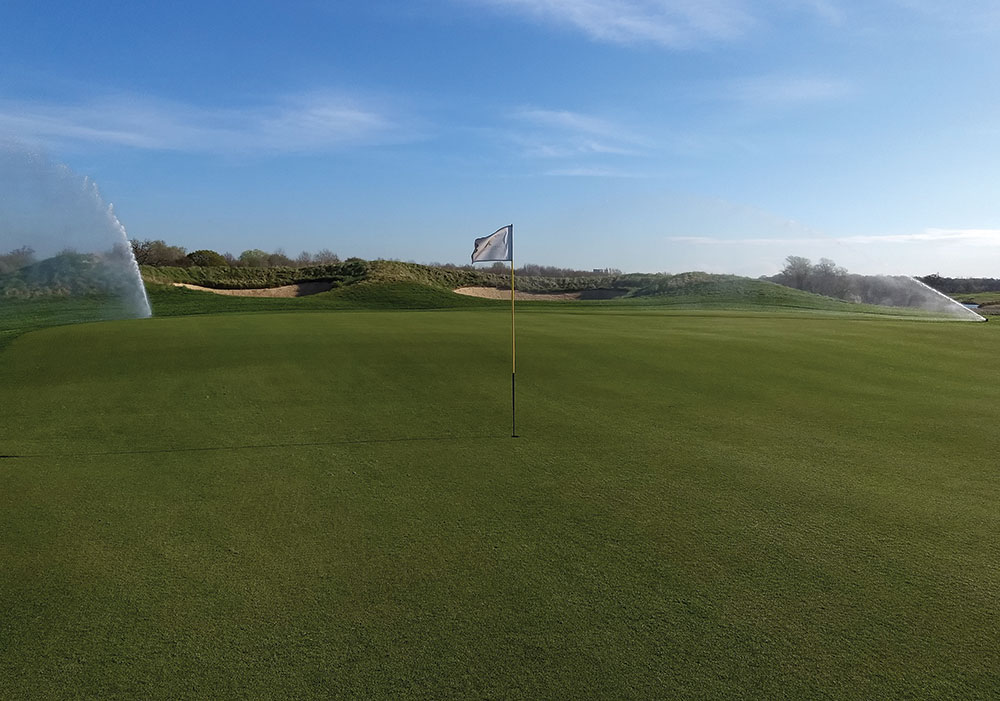 Following the paper trail at Ingrebourne Links Golf and Country Club Background