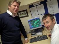 2 Phil Lewin (left) #1DD99E