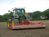 The Blecavator 4m model in action at the TGA Show in Richmond, Yorkshire   Copy
