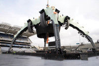Fig 7; The 500 tonne U2 Claw.jpg