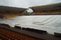 Rain-covers-at-wolves.jpg