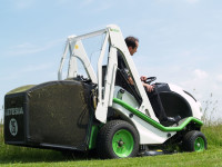 Etesia H100D high tip empty model.JPG