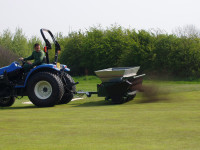 wrapr tractor spreading
