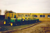 Greenlay lawn tractors & ride on mowers 1990