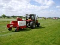 Speedcut\'s Gwazae in action at Market Rasen Racecourse, Lincolnshire.JPG