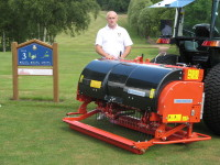 B. Wiedenmann XD6 with course manager Jim Gilchrist at Harborne GC.JPG