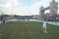 tennis-tower-bridge-maincou.jpg