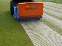BLEC\'s new GKB Sandfiller in action. See it at SALTEX 2011