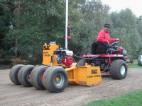 The BLEC Laser Grader in action at Foxhills Golf Club and Resort, Surrey, with Speedcut Contractors