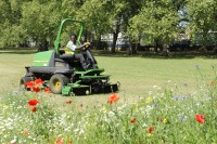 Glendale_John Deere 8400 mower.jpg