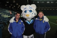 LeedsUnited Cuddle