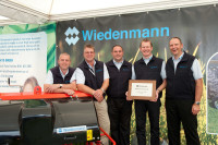 Wiedenmann UK celebrates Importer of the Year Award.jpg