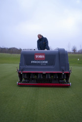 Toro ProCore 648 @ London GC