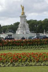 St James' Park - Queen Victoria Memorial - c abriscombe 019.jpg