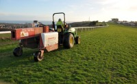 Speedcut\'s Gwazae decompacter in action at Brighton Racecourse   also used at Windsor after Saltex DSC 0594   Copy