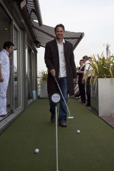 Dougray Scott at the May Fair Hotel \'putt off\'.jpg