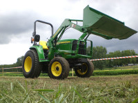 JD_3036E-compact-tractor.jpg