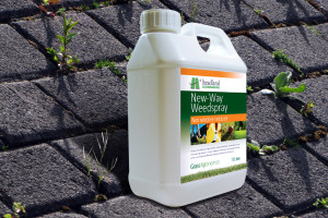New Way Weed Spray Weed, Grass, and Hard Surface Moss Killer