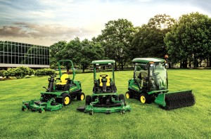 John Deere 1500 Series TerrainCut mowers group