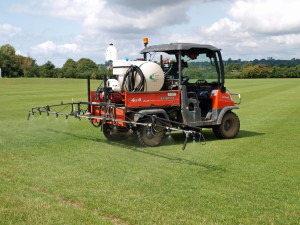 BEVERSBROOK IMAGE The 250 litre Professional Specification Demount Sprayer from Martin Lishman Ltd