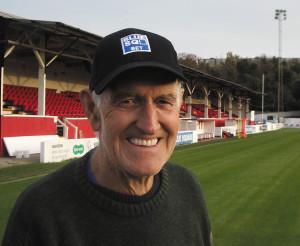 Ebbsfleets groundsman his smile beats the weather