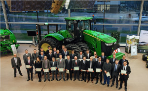 John Deere 2014 apprentice graduation group